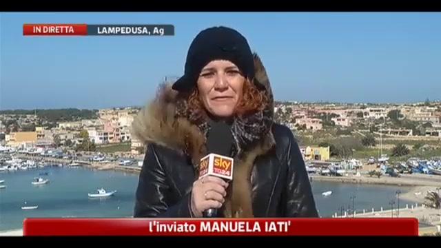 Lampedusa, trasferimenti sospesi per mare mosso
