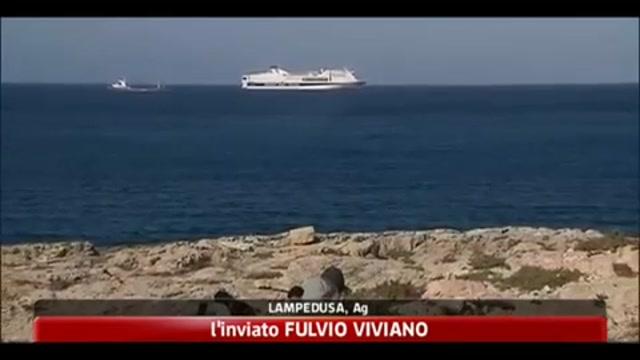 Lampedusa, trasferimenti fermi per il maltempo