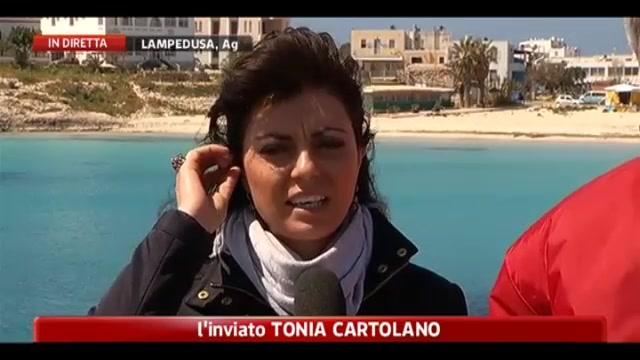 Barcone si rovescia nel Canale di Sicilia, si temono 150 morti