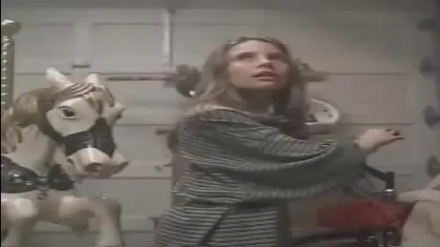 CAMPFIRE TALES - RACCONTI DEL TERRORE - il trailer