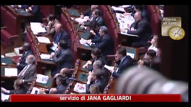 Crisi, Bersani: Berlusconi è il vero problema del paese