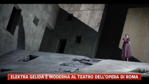 Elekta gelida e moderna al teatro dell'Opera di Roma