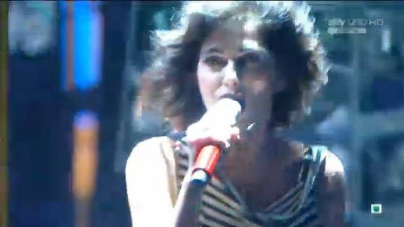 La guest star Giorgia sul palco di X Factor!