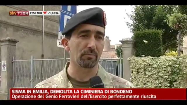 Sisma in Emilia, demolita la ciminiera di Bondeno