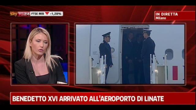 Benedetto XVI arrivato all'aeroporto di Linate