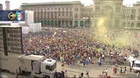 Italia-Spagna, i tifosi in piazza