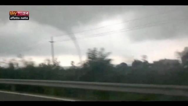 Lost & Found, Cina: tornado a Kunming ripreso da cellulare