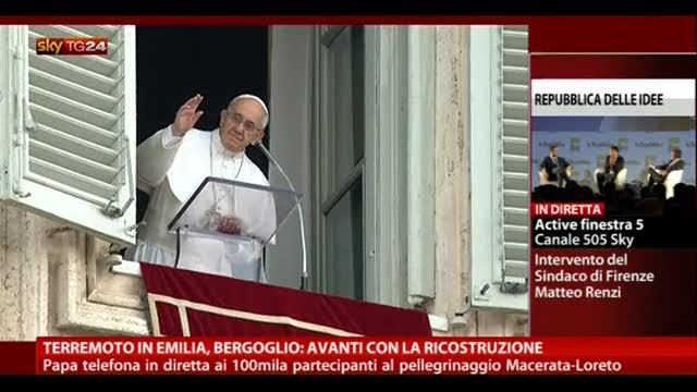 """Terremoto Emilia, Bergoglio: """"Avanti con la ricostruzione"""""""