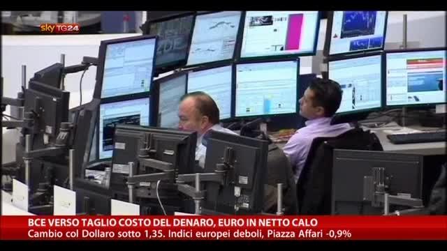 BCE verso il taglio del costo del denaro, Euro in netto calo