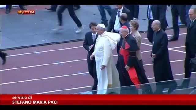 Il Papa allo Stadio Olimpico per l'incontro con Carismatici