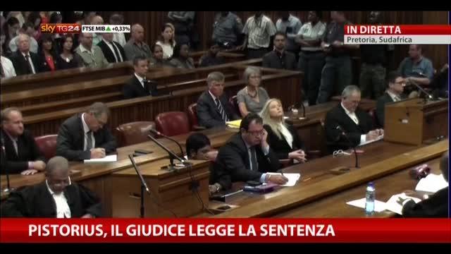 Pistorius, il giudice legge la sentenza