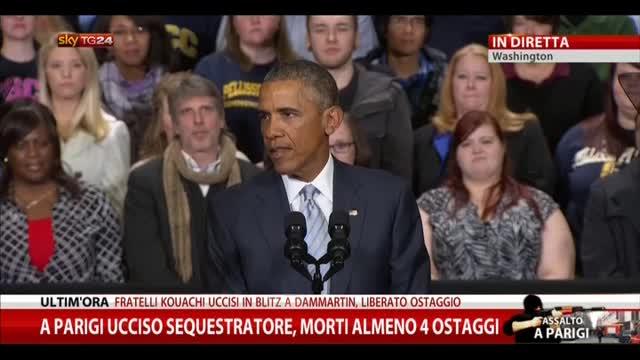 """Obama: """"Gli americani al fianco dei francesi"""""""