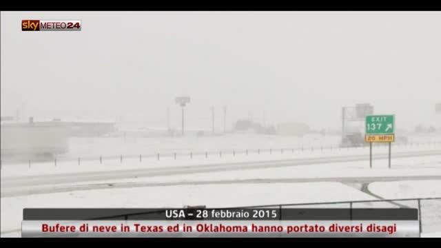 Bufere di neve in Texas hanno portato diversi disagi