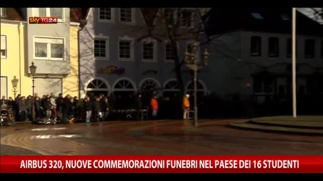 Airbus, le commemorazioni funebri nel paese dei 16 studenti
