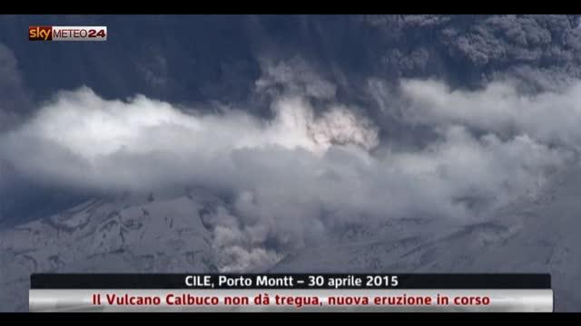 Cile, Vulcano Calbuco non dà tregua, nuova eruzione in corso