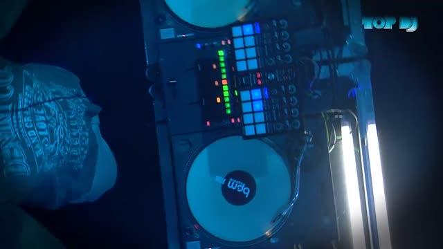 TOP DJ - Vodafone Aftershow Track 6: Reddi