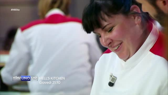Lo Chef fa arrossire Vincenzina - Hell's Kitchen