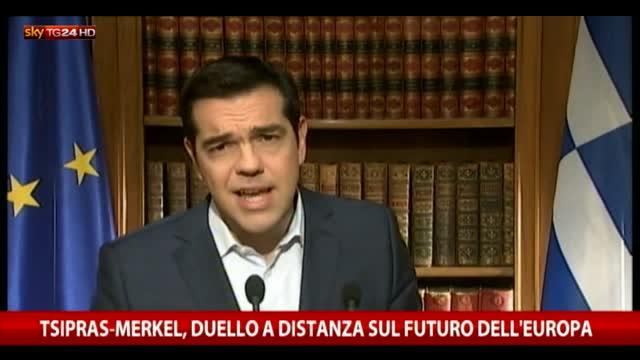 Tsipras-Merkel, duello a distanza sul futuro dell'Europa