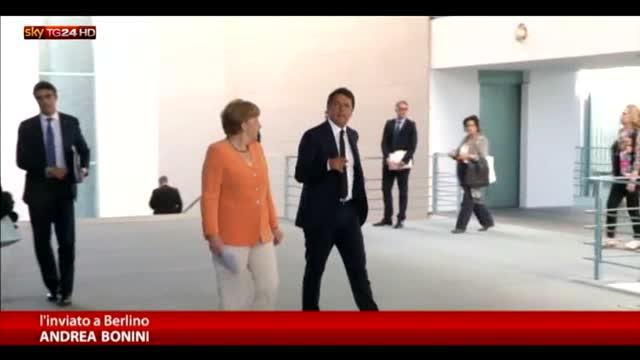 Renzi: preoccupa più il terrorismo che la Grecia
