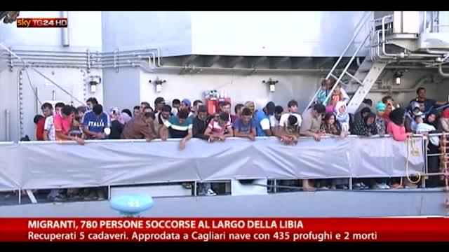 Migranti, 780 persone soccorse al largo della Libia