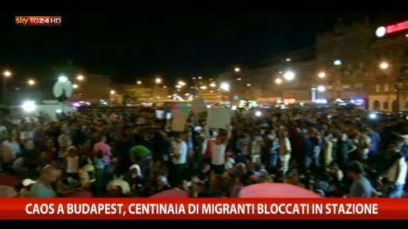 Caos a Budapest, centinaia di siriani davanti alla stazione