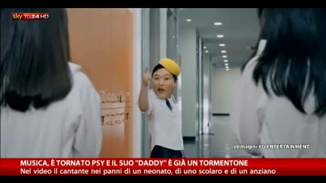 """E' tornato Psy e il suo """"dady"""" è già un tormentone"""