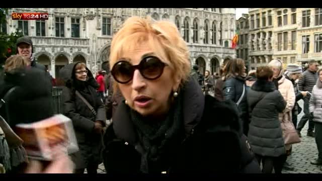 Bruxelles, italiani festeggiano Capodanno in piazza
