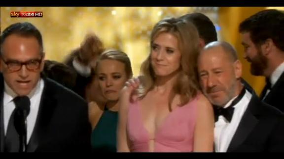 """Oscar 2016, vincono Morricone, """"Spotlight"""" e DiCaprio"""