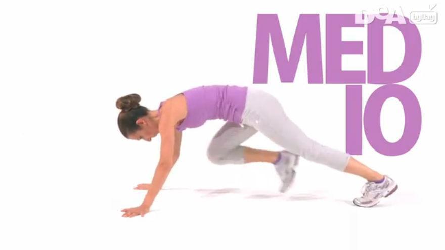 Allenamento a casa: addominali ed esercizi a corpo libero
