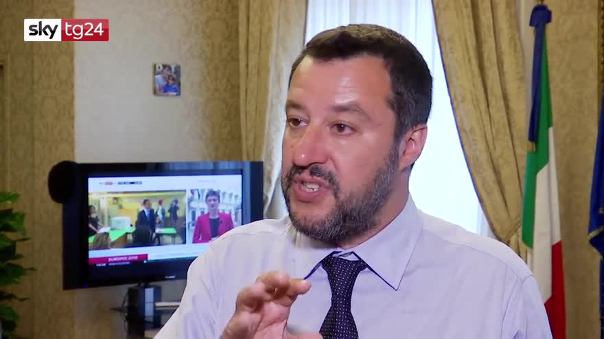 2ae041b9b8 Salvini: