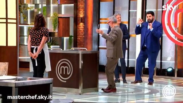 Milenys fa ballare lo chef Cannavacciuolo