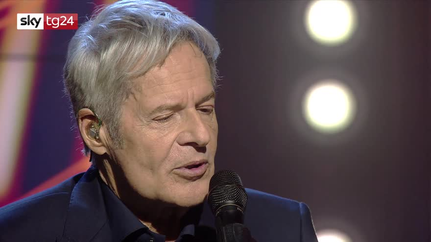 Claudio Baglioni a Stories: parole e musica dal vivo, l'intervista integrale. VIDEO