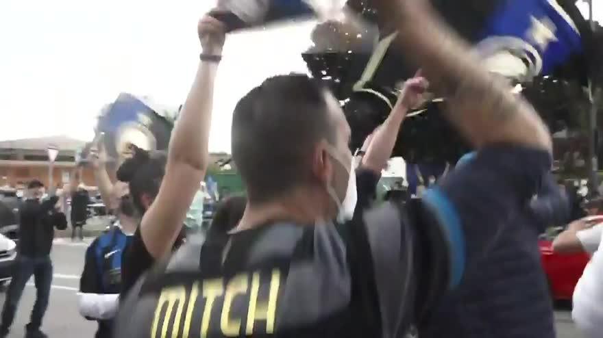"""Festa Inter, Prefettura: """"Area per 3mila tifosi a San Siro"""""""