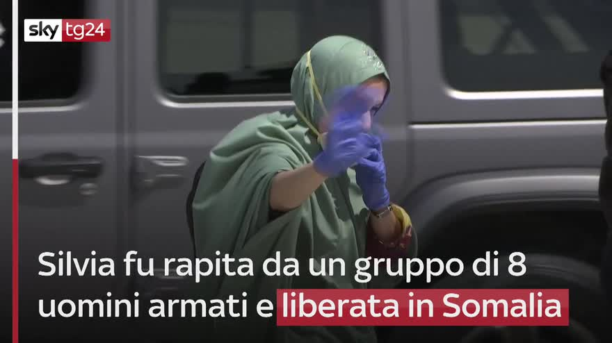 Silvia Romano si è sposata, nuova vita poco fuori Milano