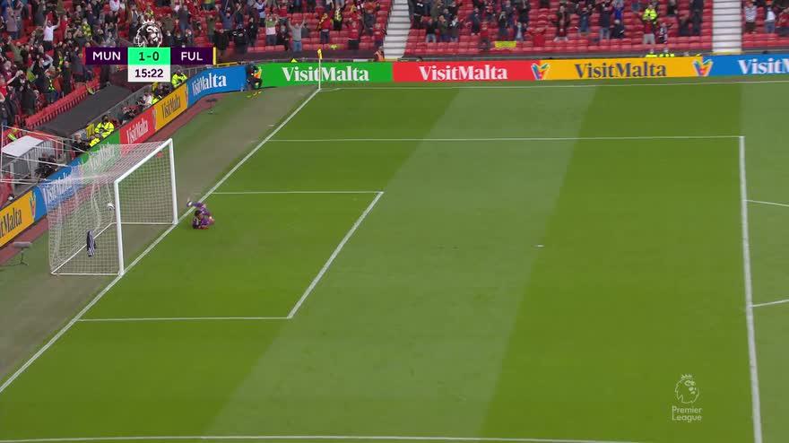 Cavani, che gol in Man United-Fulham! Boato del pubblico