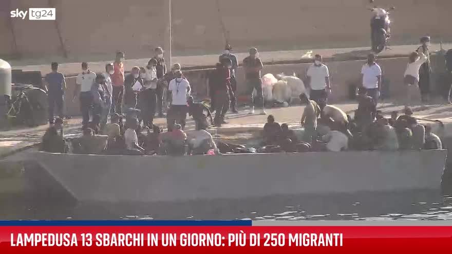 Lampedusa, nuovi sbarchi di migranti. VIDEO