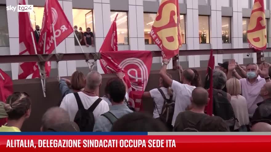Alitalia, delegazione sindacati occupa sede Ita