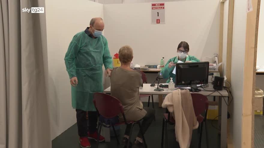 L'Italia rinasce, hub vaccinale in azienda Treviglio