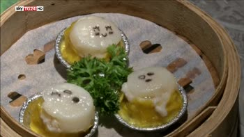 Emoticons nel piatto a Hong Kong
