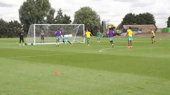 West Ham, Zaza incanta già: tre gol, uno di rabona