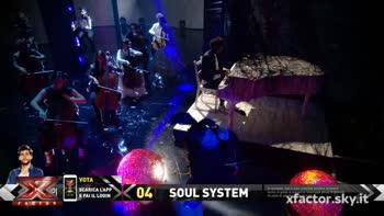 "I Soul System cantano ""Where is The Love"" con l'orchestra"