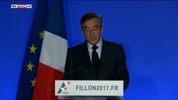 Francia, centristi sospendo