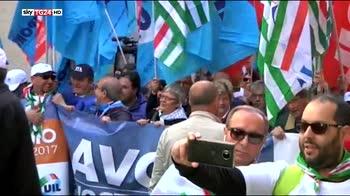 Sindacati manifestano a Portella delIa Ginestra