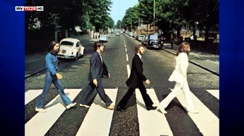 Fiori per il compleanno di Sgt Pepper dei Beatles