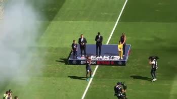 Il boato del Parco dei Principi all'ingesso di Neymar