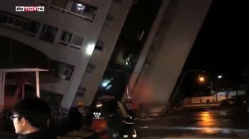 Sisma Taiwan, almeno 2 morti e 150 feriti, numerosi dispersi