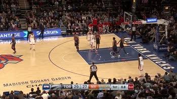 NBA, il canestro con cui C.J. Miles segna alla sirena