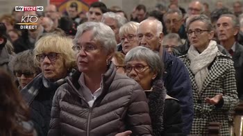 Attacco in Francia, comunità islamica a funerali agente eroe