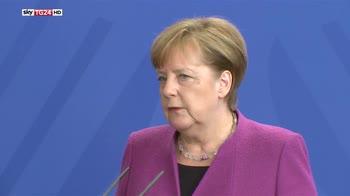 Da NATO pieno sostegno a raid su Siria, UE più cauta