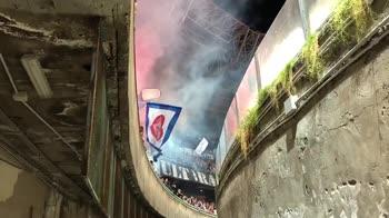 Dopo lo spavento, Napoli gode: pancia del S. Paolo in festa